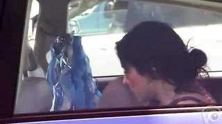 Great cleavage of Mary Louise Parker in a car--_short_preview.mp4