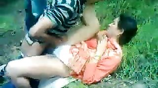 Two old men share a Desi harlot in the city park--_short_preview.mp4