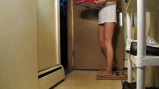 Girl with no pants on takes food delivery--_short_preview.mp4