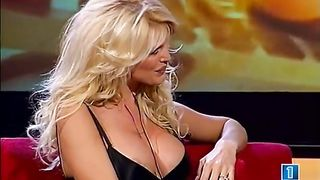 Bimbo blonde reveals a little areola on TV--_short_preview.mp4