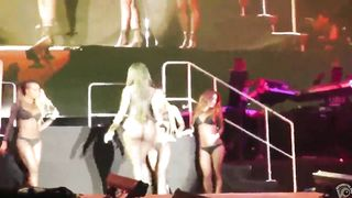 Booty shaking rapper and her dancers--_short_preview.mp4