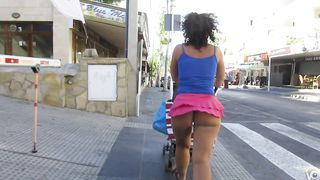 Bootylicious mommy has her big buttocks exposed--_short_preview.mp4