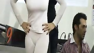 Candid cameltoe with a busty model--_short_preview.mp4