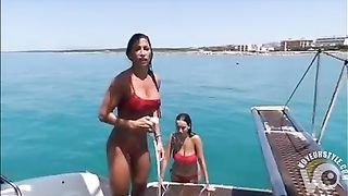 Gorgeous Latinas have the perfect curves--_short_preview.mp4