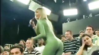 Her bum is the definition of perfection--_short_preview.mp4