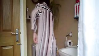 My sister's friend pees and fixes her hair in our bathroom--_short_preview.mp4