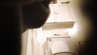 Sister's friend takes a long piss in the bathroom--_short_preview.mp4