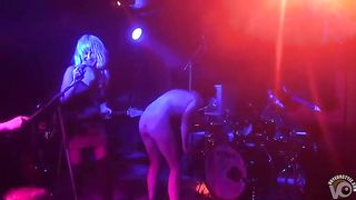 Naked guy on the stage--_short_preview.mp4
