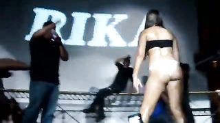 Crowd going crazy over her mind blowing booty!--_short_preview.mp4