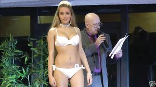 Smoking hot models show off their curves in sexy underwear--_short_preview.mp4