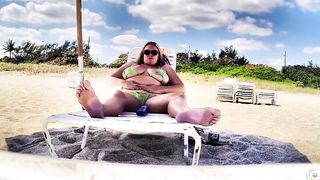 Chubby MILF applies sunscreen to giant melons--_short_preview.mp4