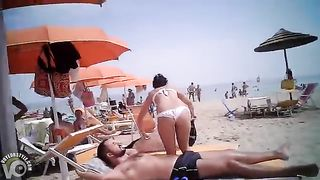 Lady in a white bikini has a nice ass--_short_preview.mp4