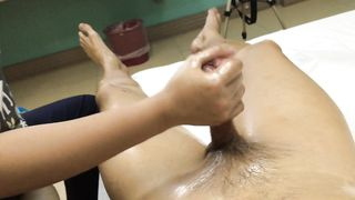 Meaty pecker milked down by the Thai masseuse--_short_preview.mp4