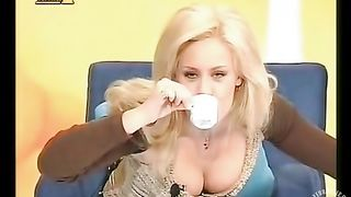 Big tits downblouse of blonde TV host--_short_preview.mp4