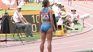 Sexy Italian athlete shows off her nearly perfect butt--_short_preview.mp4