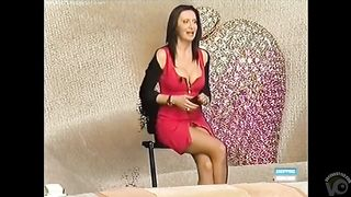 Shopping network lady shows her pussy in an upskirt--_short_preview.mp4