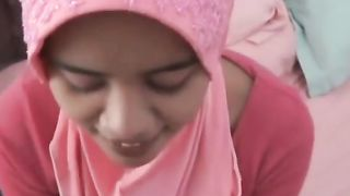 Adorable Arab chick in pink scarf spreads her legs on cam--_short_preview.mp4
