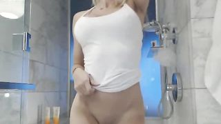 Watching this sporty webcam girl shower is a cock stiffening experience--_short_preview.mp4