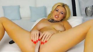 Slender eye catching tanned blonde MILF tenderly mastubated herself--_short_preview.mp4