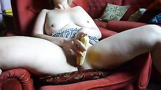 Pale lady used corn to stimulate her hungry wet pussy a bit--_short_preview.mp4