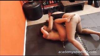 Submitting my fat bottomed opponent with a triangle choke--_short_preview.mp4