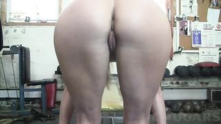 Sporty alluring auburn babe exposed her awesome curves in the gym--_short_preview.mp4