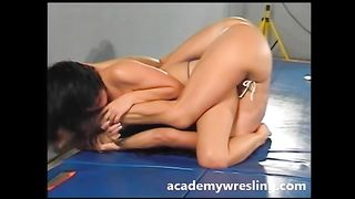 It's arousing to watch my nude friend dominate me on the ground--_short_preview.mp4