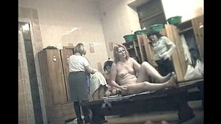 Locker room of the public shower is full of amateur ladies--_short_preview.mp4
