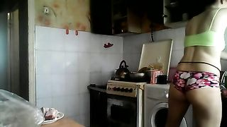 Hidden cam vid of neighbor's all natural wife doing the laundry--_short_preview.mp4