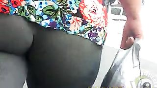 Black BBW ass exposed as she walks down the street--_short_preview.mp4