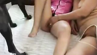 Porn video women with animals--_short_preview.mp4
