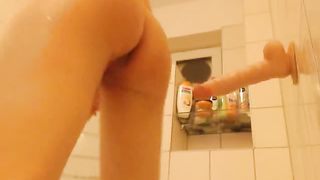 This hoe is the perfect webcam model who loves masturbating in the bathtub--_short_preview.mp4