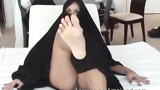 Sweet and mature Arab milf is really hungry for meaty big cock--_short_preview.mp4
