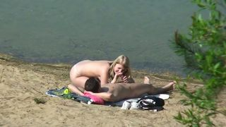 Amateur couple did not give a fuck and enjoyed outdoor sex on the beach--_short_preview.mp4