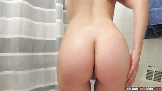Rubbing A Lotion Over A Sexy Body--_short_preview.mp4