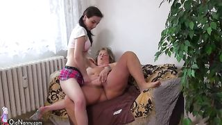 Curvaceous granny wants to be a sex toy for petite babe--_short_preview.mp4