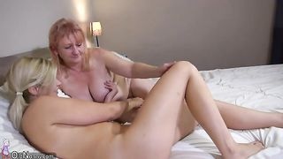 This lesbian couple masturbated lying side by side--_short_preview.mp4