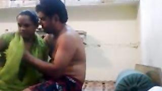 Amateur indian fuck - Desi Chutiya--_short_preview.mp4