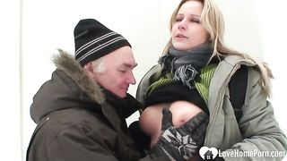 Outdoor winter fun with a hot blonde chick--_short_preview.mp4