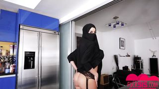 Arab beauty teen first time show pussy and boobs--_short_preview.mp4