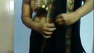 Indian aunty showing how to put on a sari--_short_preview.mp4