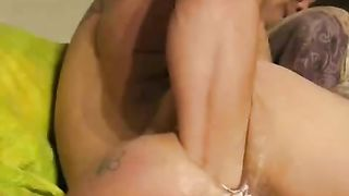 Stretching my anus with extremely huge anal sex toys--_short_preview.mp4