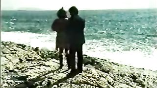 Amateur couple making love on the beach reality sex video--_short_preview.mp4