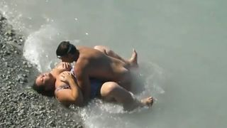 Horny hubby pounds his BBW white housewife in the sea--_short_preview.mp4