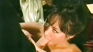 Mesmerizing classic brunette babe with big fake boobies--_short_preview.mp4