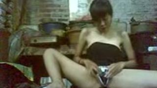 Short haired amateur Asian webcam bitch was playing with her toy--_short_preview.mp4