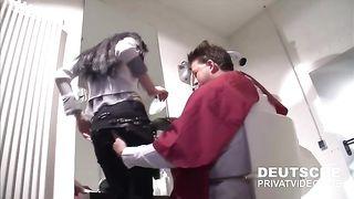 In der Klinik Bei Deutsche Privat Videos--_short_preview.mp4